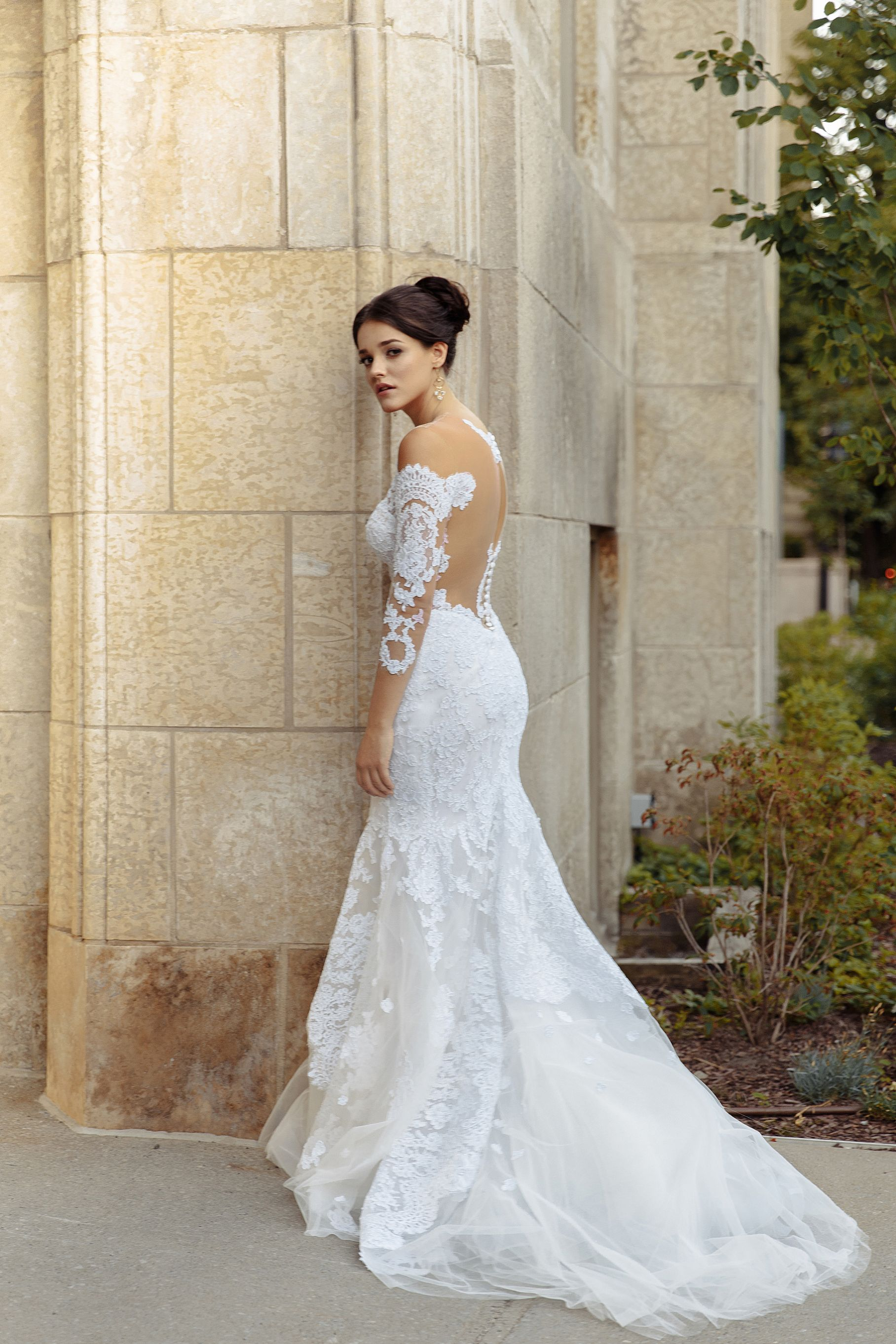 lilia haute couture wedding dress designer montreal french lace