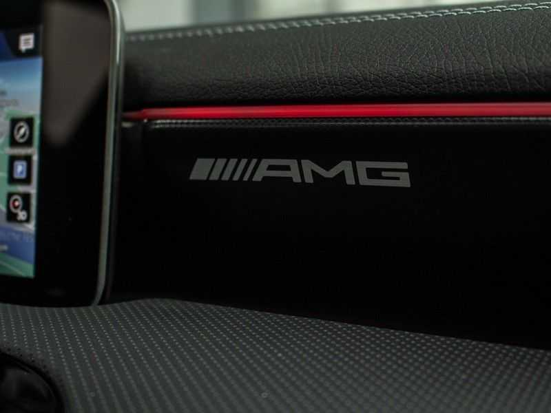 Mercedes-Benz A-Klasse A35 AMG 4MATIC Premium Plus afbeelding 16