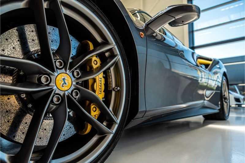 Ferrari 488 3.9 GTB HELE | Carbon | Passenger Display | Lifting | NP350.000,- afbeelding 4