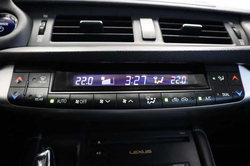 Lexus CT 200h Business Line Navigatie ClimateControl afbeelding 19