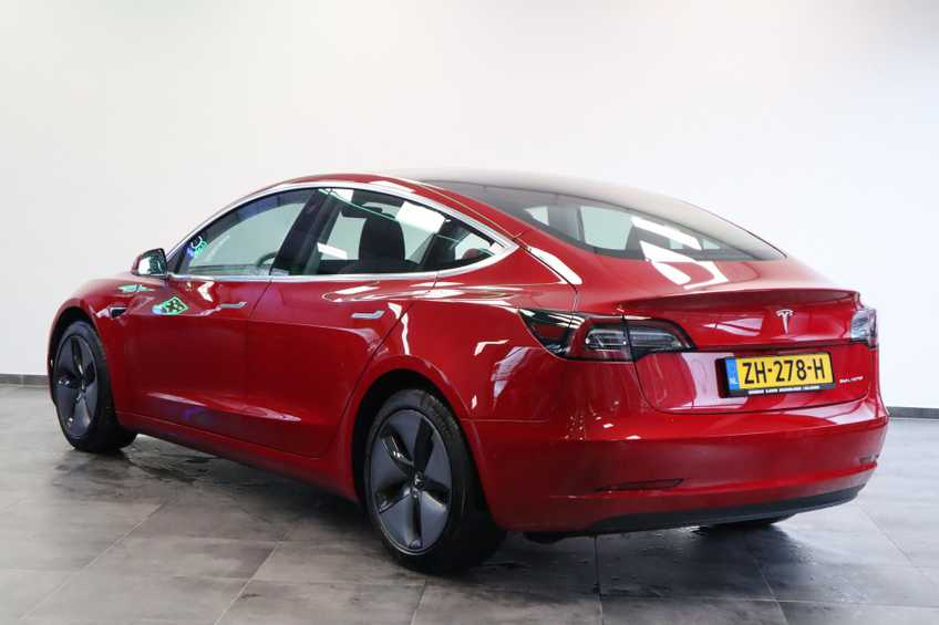 """Tesla Model 3 Long Range EX BTW FSD! Rood Zwart Navigatie 18""""LM 4% Bijtelling afbeelding 3"""