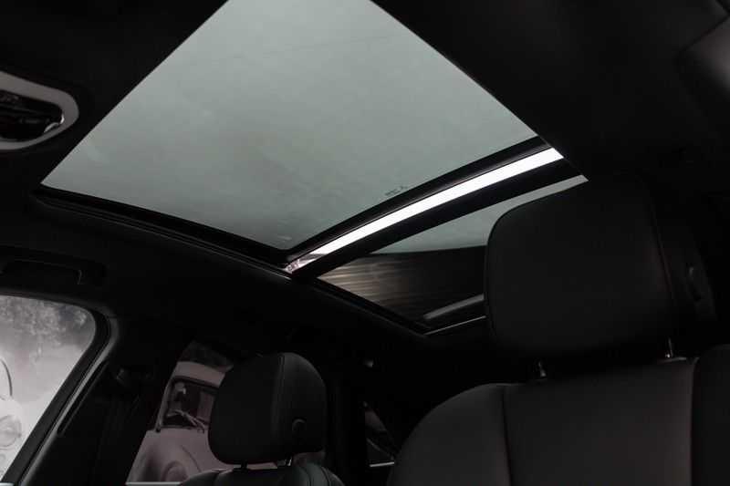 "Porsche Macan 3.0 S 354pk PDK Black Design Nieuw Model Luchtvering Panoramadak SportChrono ACC Sportleder+Memory Keyless Full-Led Navi/High Privatglass AppleCarplay 21""Turbo Pdc afbeelding 2"