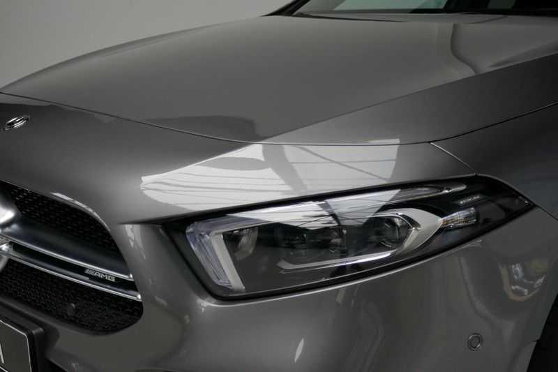 Mercedes-Benz A-Klasse A35 AMG 4MATIC Sfeer verlichting afbeelding 9