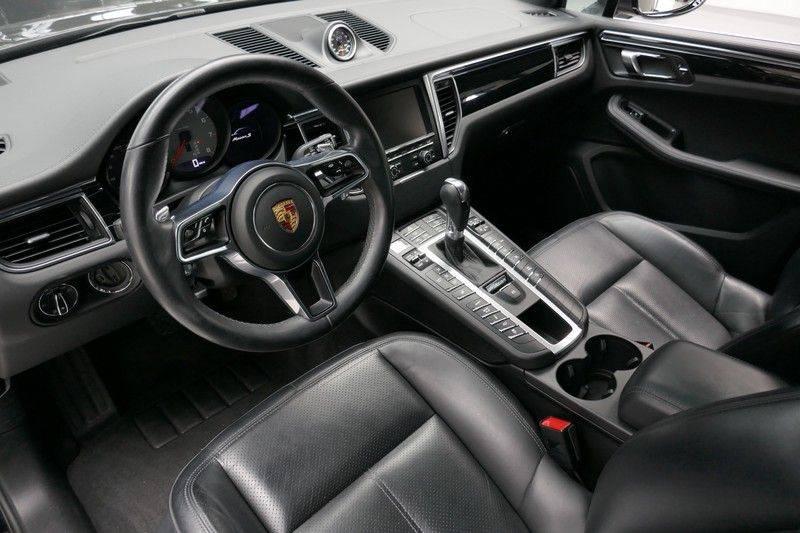 Porsche Macan 3.0 S Panorama - Luchtvering afbeelding 15