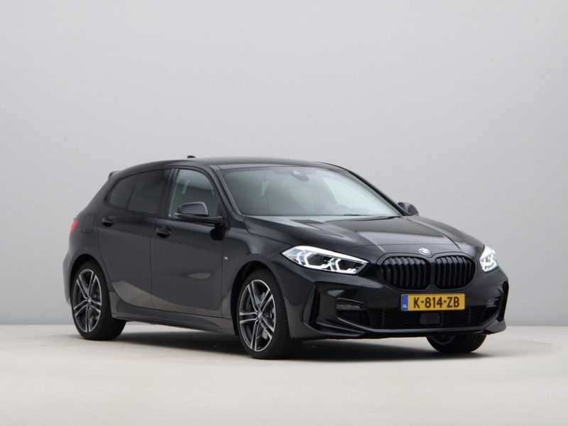 BMW 1 Serie 120i High Exe M-Sport Aut. afbeelding 7