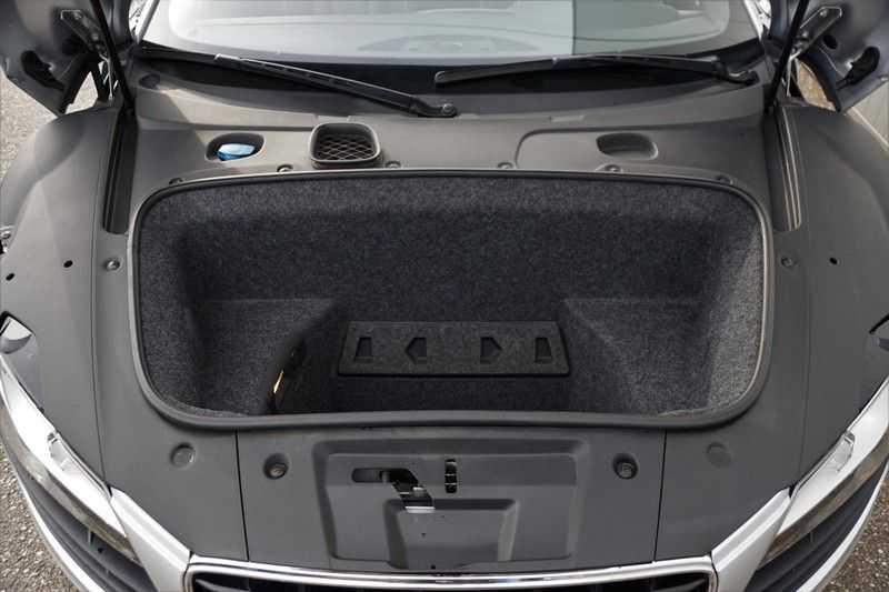 Audi R8 4.2 V8 FSI / 49dkm NAP / 1e eigenaar / B&O / R-Tronic / Orgineel Nederlands! / Navigatie afbeelding 18