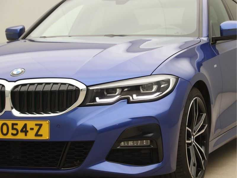 BMW 3 Serie 320i High Exe M-Sport Aut. afbeelding 21