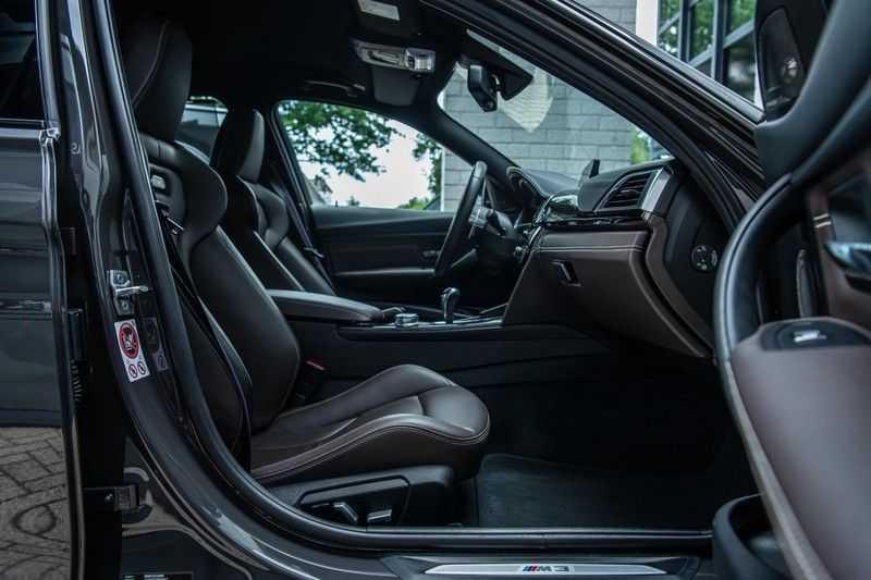 BMW 3 Serie M3 Competition DCTA, 450 PK, Facelift, Akrapovic, Harman/Kardon, Head/Up, LED, Surround View, Carbon, 2017, Org. NL!! afbeelding 3