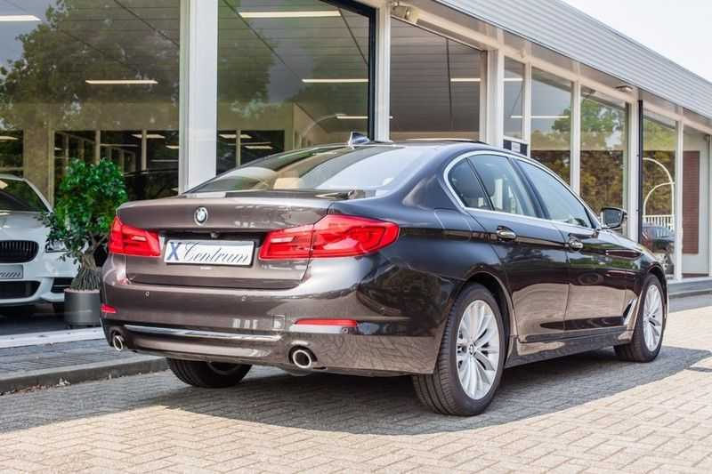 BMW 5 Serie 530d xDrive Luxury Line NW â¬100.000,- afbeelding 7