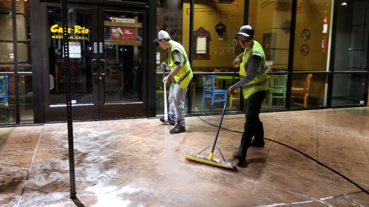 pressure-washing-cafe-rio-storefront-and-siding--cleaning-21