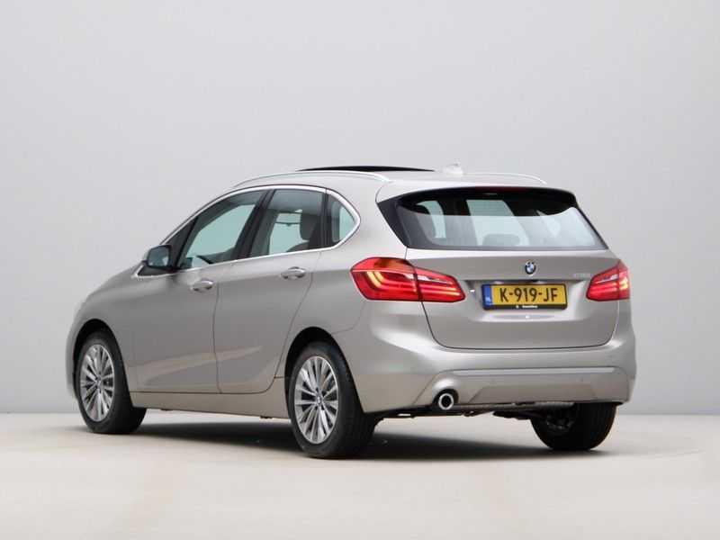BMW 2 Serie Active Tourer 218i High Executive Luxury Line Panoramadak afbeelding 9
