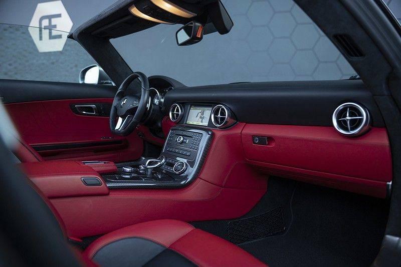 Mercedes-Benz SLS Roadster 6.3 AMG Carbon Pack + MIDDLE GRAY HIMALAYAS + Full Carbon Motor afdekking afbeelding 4