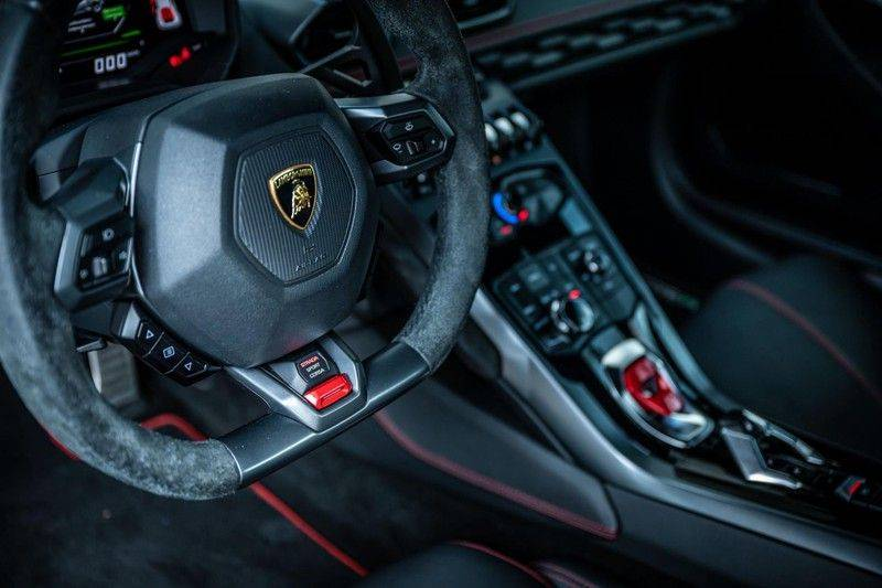 Lamborghini Huracan 5.2 V10 LP610-4, 610 PK, Keramiek, Nose Lift, Camera, Stitching, Rear/Wing, 33DKM, 2015!! afbeelding 14
