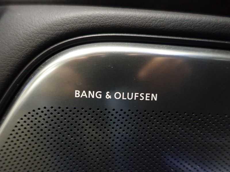 Audi A6 Avant 4.0 TFSI RS6 Quattro Performance 605pk Aut- B&O, Nightvision, Head-up, Orig NL Auto! afbeelding 12