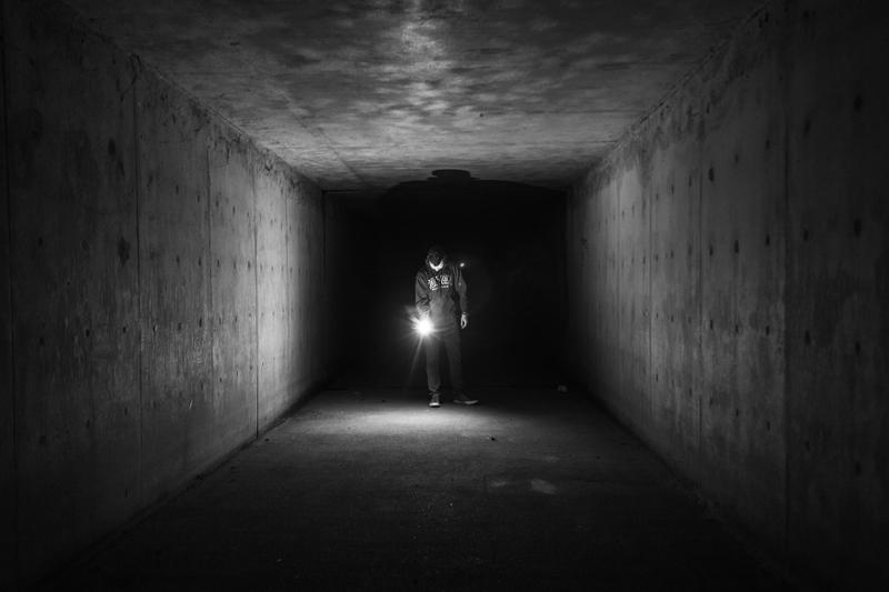 flashlight-924099_1920