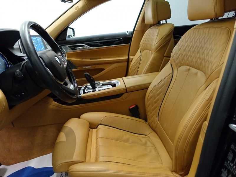 BMW 7 Serie 730d xDrive Individual 266pk M-Sport Aut8 Full options, Nw prijs €163.439,- afbeelding 16