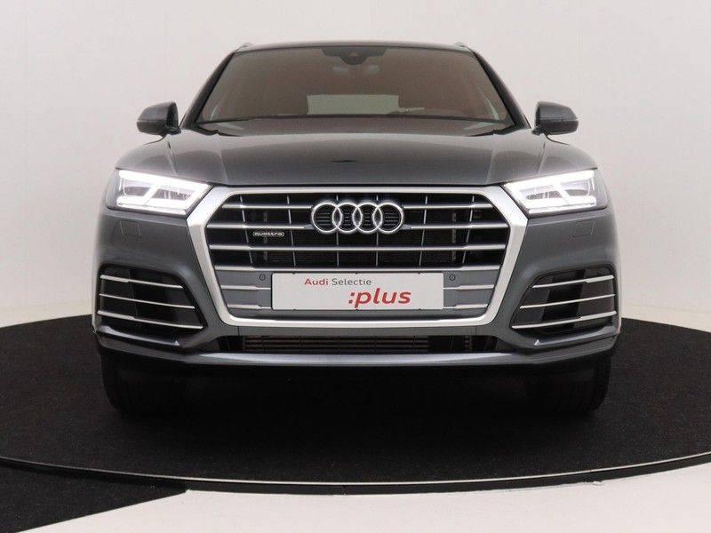 Audi Q5 50 TFSI e 299 pk quattro S edition | S-Line | Trekhaak | Elektrisch verstelbare/verwarmbare voorstoelen | Privacy Glass | Verlengde fabrieksgarantie afbeelding 10