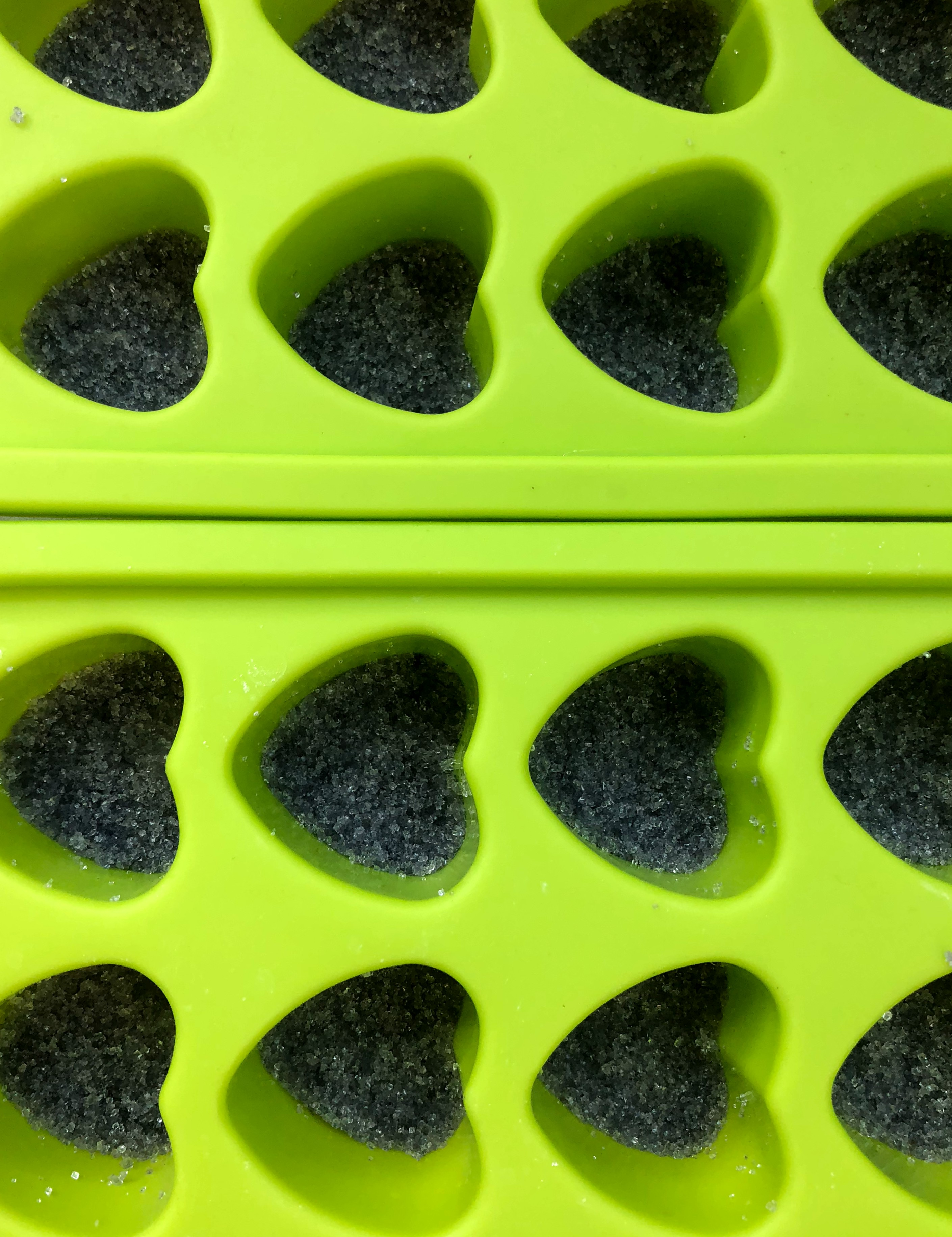 DIY vegan purple sugar cubes
