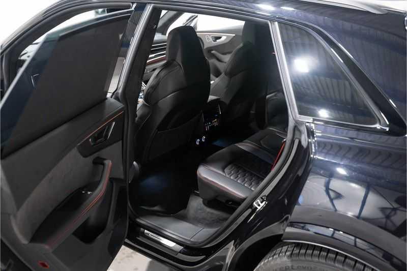 Audi RS Q8 quattro 4.0 TFSI BTW-CARBON-CERAMIC-PANO afbeelding 23
