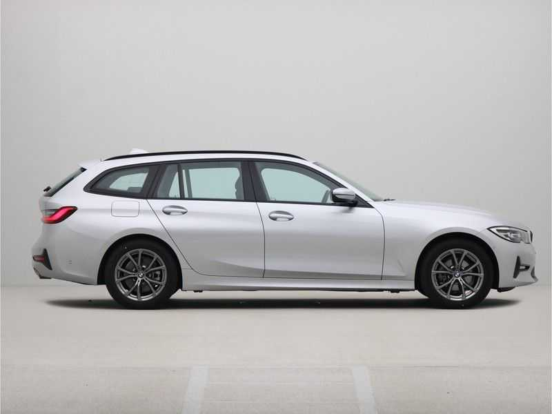 BMW 3 Serie Touring 318i High Executive Sport Line Automaat afbeelding 2