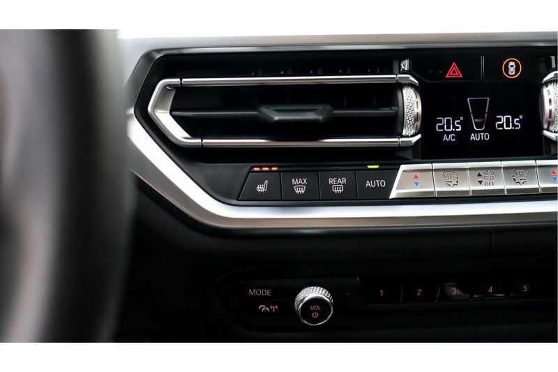 BMW 3 Serie 330i High Executive M-Sport Leder, Schuifdak, Harman/Kardon afbeelding 18