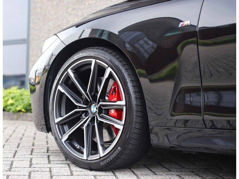 BMW 4 Serie Cabrio M440i xDrive *Trekhaak*Nekverwarming*Head-Up* afbeelding 9
