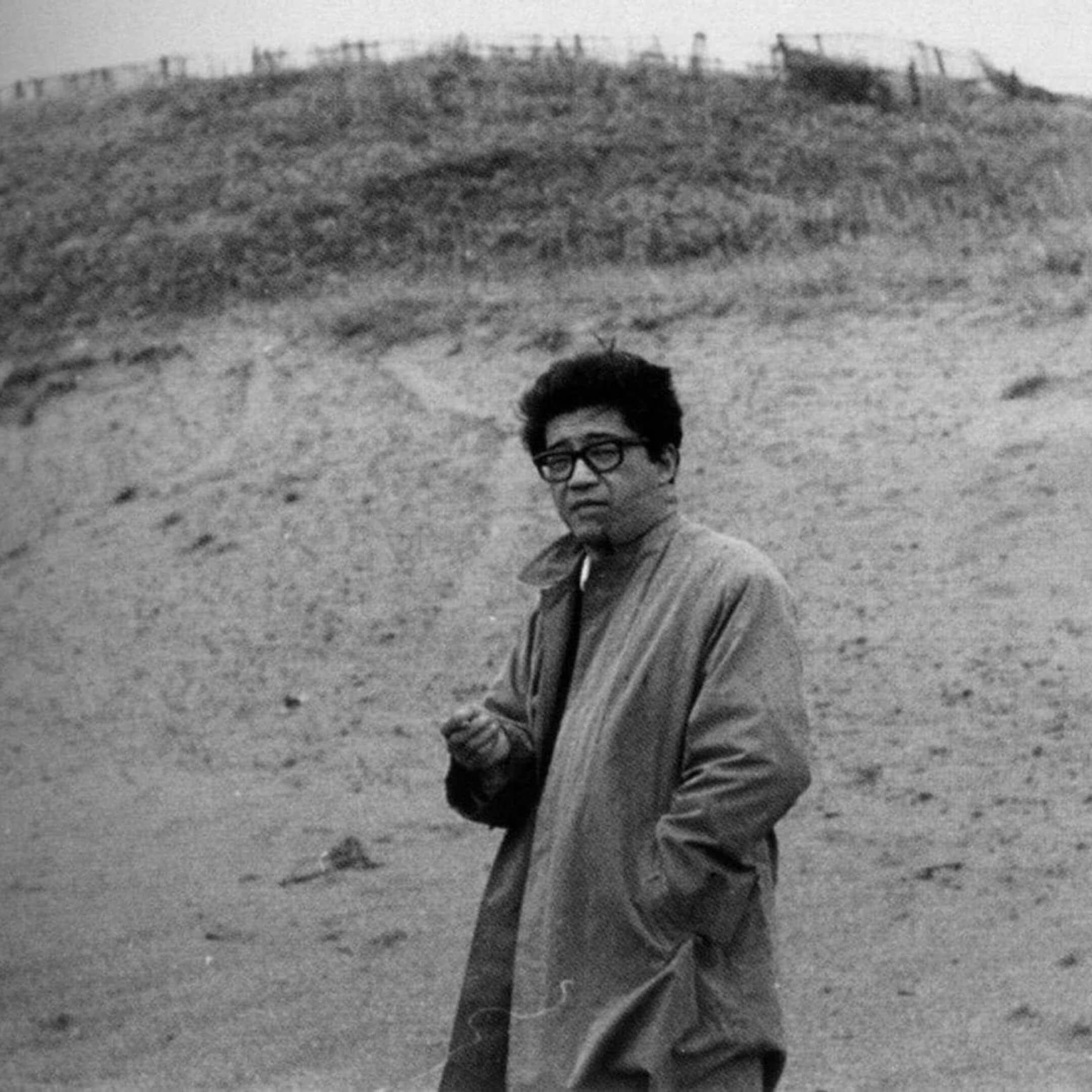 Японский писатель илауреат премии Акутагавы Кобо Абэ. Источник: kuaibao.qq.com