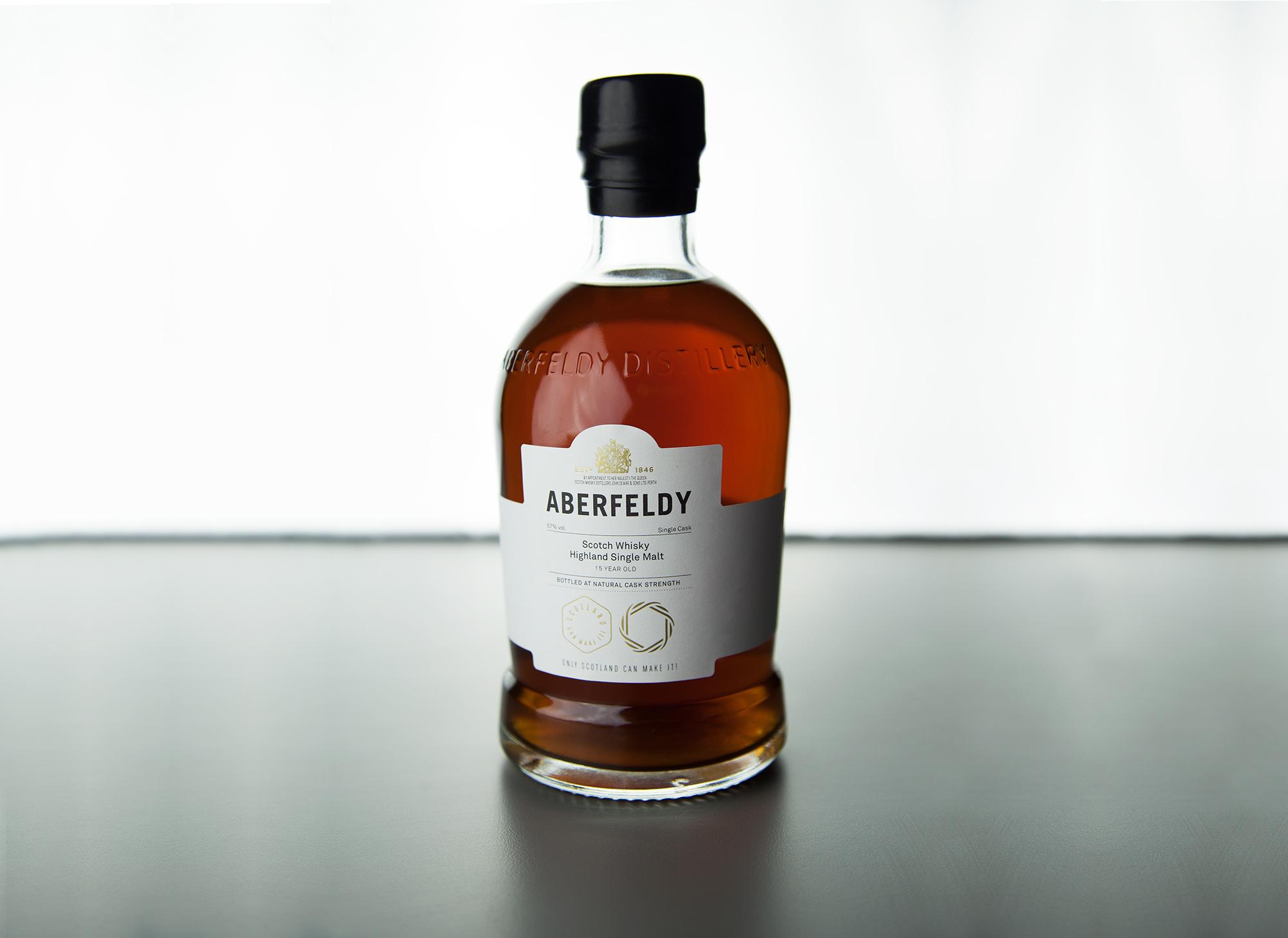 Full image shot of the bottle for Aberfeldy whiskey