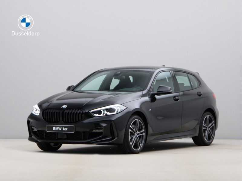 BMW 1 Serie 120i Exe Aut M-Sport 179 pk afbeelding 1