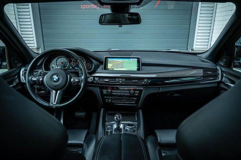 BMW X5 M, 575 PK, Pano/Dak, Leder Merino, Head/Up, Keyless, Soft/Close, Harman/Kardon, Surround View, LED, 22'' Breyton RS, 2016!! afbeelding 3
