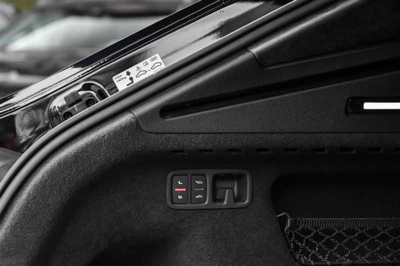 Audi Q8 55 TFSI 2XS-LINE+PANO.DAK+MASSAGE+22INCH afbeelding 17