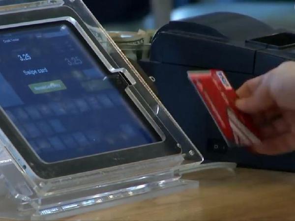 크레딧카드 부채  급증,  돌려막기등  심각