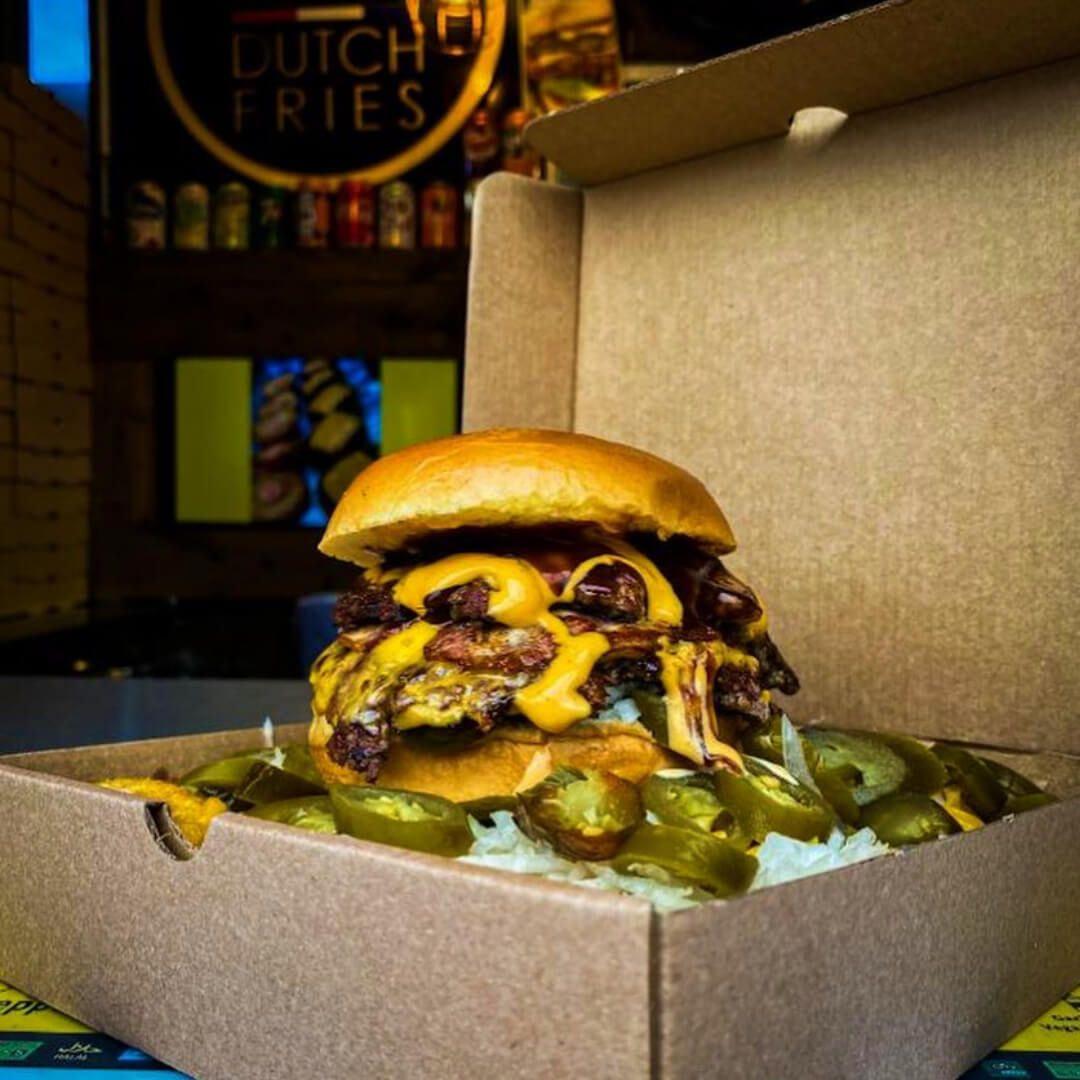 LS6 Dutch Fries burger