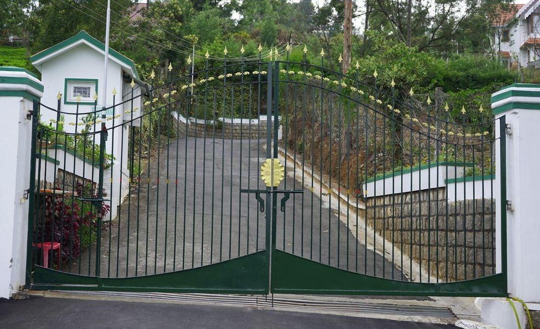 Entrance gate of Hillsborough gated community
