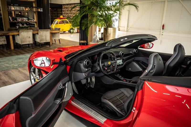 Ferrari Portofino 3.9 V8 HELE   TwoTone Exclusive   Carbon   Passengerdisplay   Memory   Sportstoelen afbeelding 13