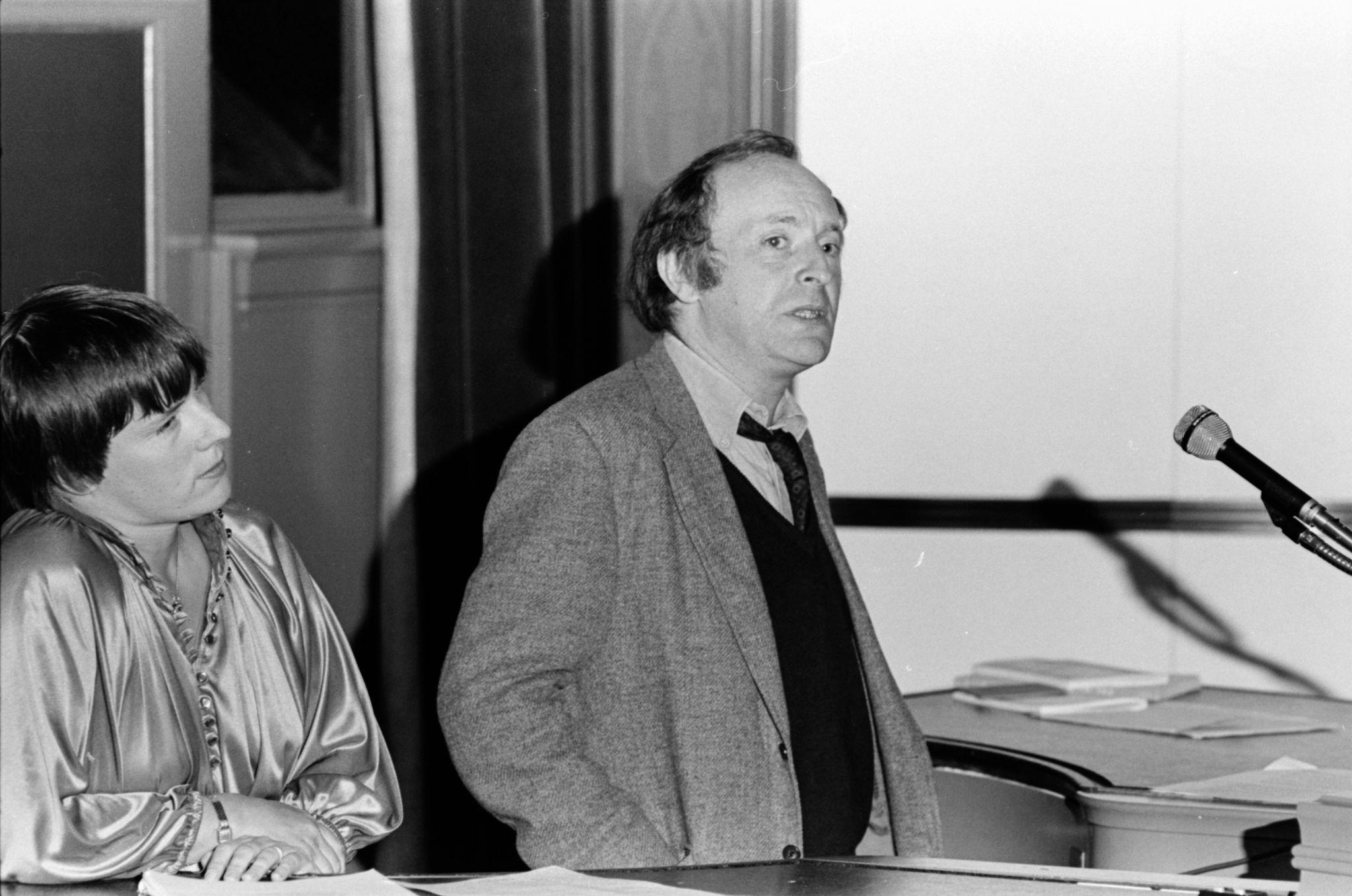 Иосиф Бродский иамериканская поэтесса Лин Коффин вМичиганском университете. Фото: aadl.org