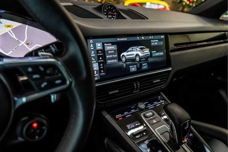 Porsche Cayenne Coupé 3.0 | BOSE | Adaptieve luchtvering | Led-Matrix | Licht Design pakket afbeelding 23