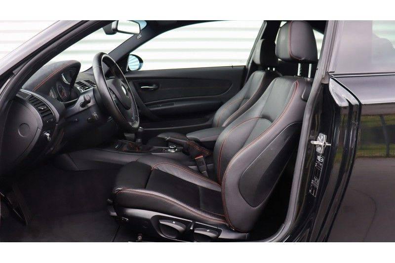 BMW 1 Serie Coupe 3.0i M Akrapovic, Harman/Kardon, Comfort Access afbeelding 18