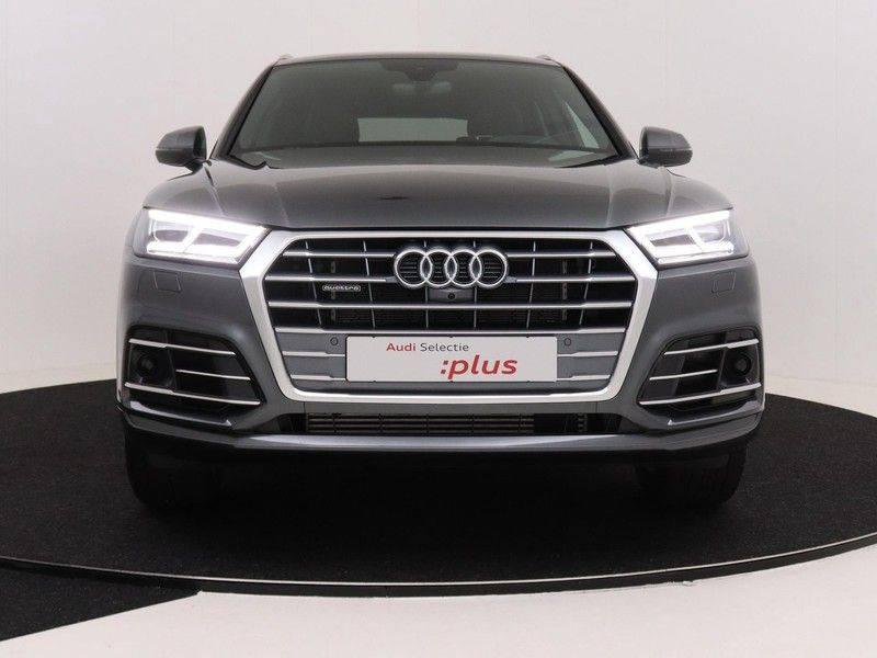 Audi Q5 50 TFSI e 299 pk quattro S edition   S-Line  Assistentiepakket City/Parking/Tour   360* Camera   Trekhaak wegklapbaar   Elektrisch verstelbare/verwambare voorstoelen   Adaptive Cruise Control   Verlengde fabrieksgarantie afbeelding 10