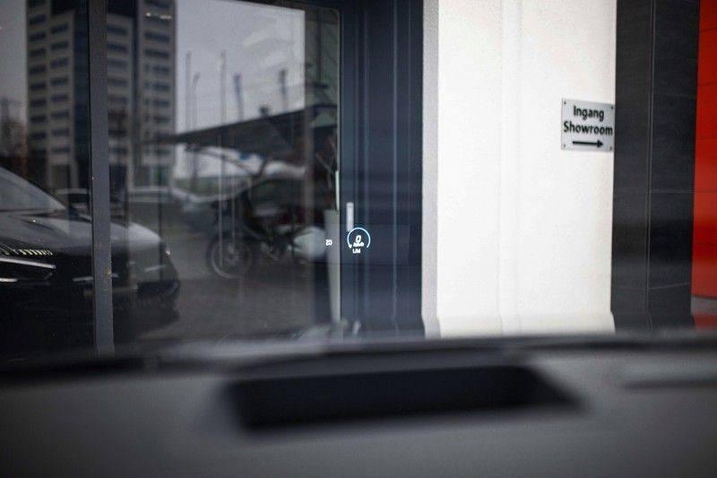 Mercedes-Benz GLA 200 AMG Line *Pano / HUD / Memorystoelen / 360 Cam / Burmester* afbeelding 10