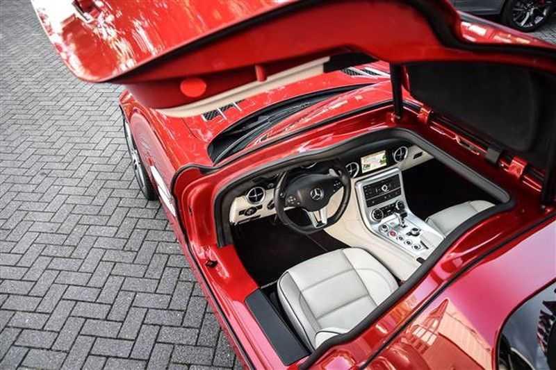 Mercedes-Benz SLS SLS AMG EXCLUSIVE DESIGNO+CAMERA (571 PK) afbeelding 17