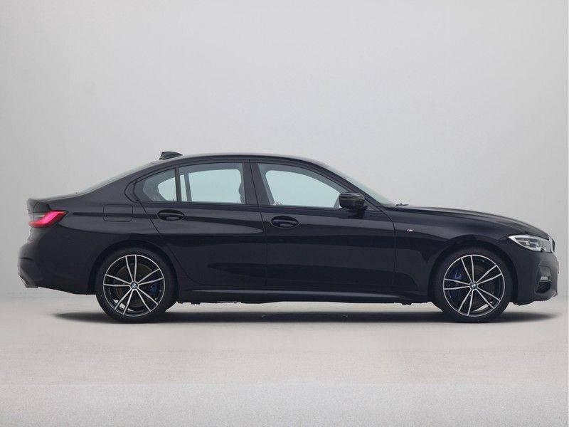 BMW 3 Serie Sedan 330e High Executive M-Sport Automaat afbeelding 8
