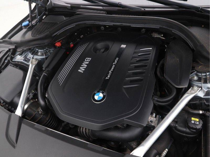 BMW 6 Serie Gran Turismo 640i High Executive M-Sport afbeelding 4