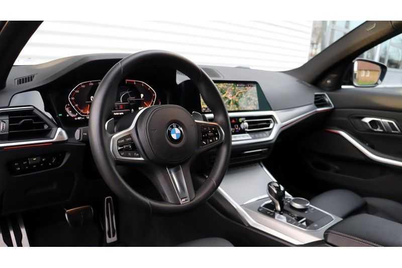 BMW 3 Serie 320i High Executive M Sport, Harman/Kardon, Live Cockpit Professional afbeelding 12