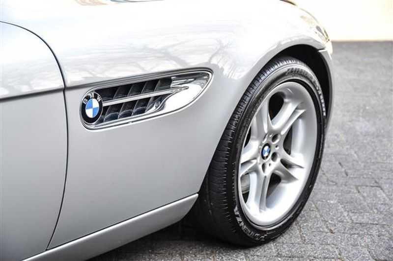 BMW Z8 ROADSTER 5.0-V8 ZWART/ROOD LEDER afbeelding 18