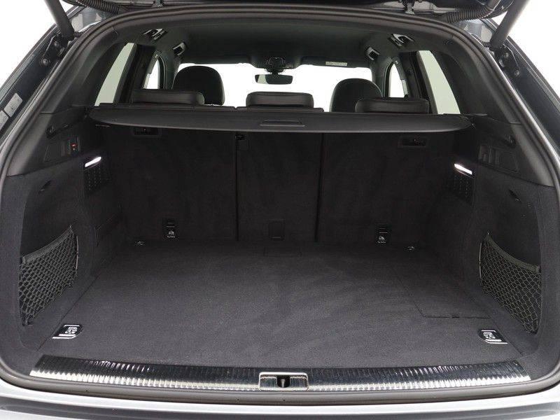 Audi Q5 50 TFSI e 299 pk quattro S edition   S-Line  Matrix LED koplampen   Assistentiepakket City/Parking   360* Camera   Trekhaak wegklapbaar   Elektrisch verstelbare/verwambare voorstoelen   Verlengde fabrieksgarantie afbeelding 20