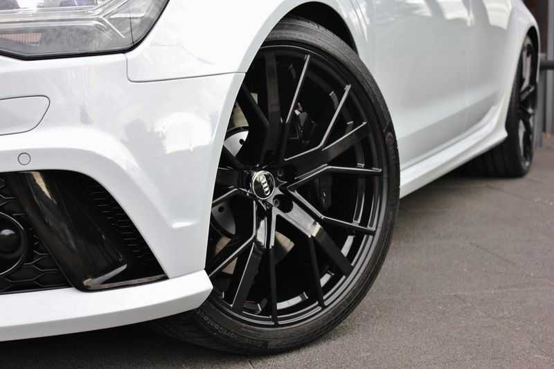 Audi RS6 4.0 V8 605pk Performance Quattro **Pan.dak/HUD/ACC/Camera/Carbon** afbeelding 5