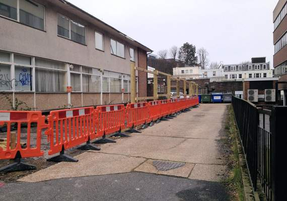 Avalon barriers in a line