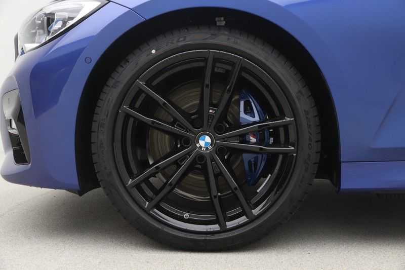 BMW 3 Serie 330i Touring High Executive M-Sport Automaat afbeelding 21
