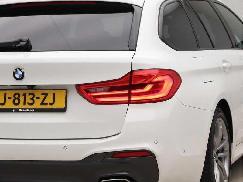 BMW 5 Serie Touring 520d High Executive M-Sport Aut. afbeelding 20